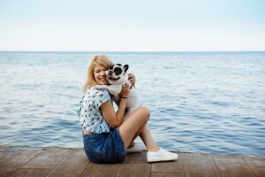 If Your Dog Isn't Food Motivated, Try These Other Ways To Reward Your Dog Without Treats